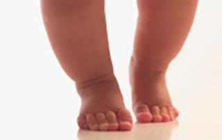 Lifestart on Baby's Feet